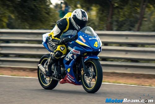 2015-Suzuki-Gixxer-Cup-Bike-06