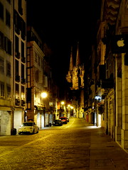 (MAGGY L) Tags: nuit paysbasque bayonne ville rue cathdrale lumire clairage vide dmcfz200