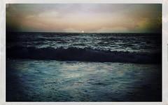 The Atlantic Ocean (Casey Hugelfink) Tags: lanzarote canaryislands kanarischeinseln islascanarias playadeljanubio spain spanien espana sea ocean meer ozean atlantik atlanticocean wellen waves sunset sonnenuntegang sonne sun evening abend beach shore strand kste water wasser seaside