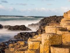 The Giants Causeway (Monchichila) Tags: longexpo le longexposure slowshutter sea atlanticocean wildatlanticway rocks basalt antrim giantscauseway