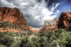 Storm coming (Rik Tiggelhoven Travel Photography) Tags: storm clouds clouded zion national park canyon np nps outdoor nature landscape mountain canon 6d ef1740mmf4lusm rik tiggelhoven travel photography utah usa america amerika color hdr