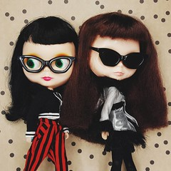 Frances and Anouk head out to do their Black Friday shopping  If you're looking for deals on Blythe clothes, head on over to my Etsy shop and receive 35% off all in-store stock with coupon code BF2016 (endangeredsissy) Tags: blythe blythedoll 365blythe kennerblythe goldie allgoldinone endangeredsissy etsy blackfriday handmade