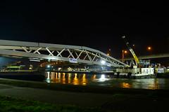 New pedestrian bridge DST_4164 (larry_antwerp) Tags: antwerpenmobiel ijzerlaan voetgangersbrug fietsbrug albertkanaal merksem aertssen besix antwerp antwerpen       port        belgium belgi          ponton pontoon roroii