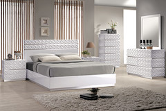 "4578 PATTERNED KING BED • <a style=""font-size:0.8em;"" href=""http://www.flickr.com/photos/43749930@N04/7085484255/"" target=""_blank"">View on Flickr</a>"
