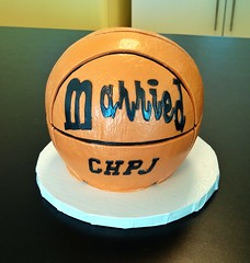 Basketball wedding cake (Retro Bakery in Las Vegas) Tags: groomscake basketballcake retrobakerycake flickrandroidapp:filter=none lasvegasgroomscake