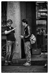 Man talk (ebenette) Tags: leica blackandwhite london photography m8 summilux50mmasph mantalk