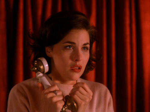 twinpeaksfashion: Twin Peaks Fashion