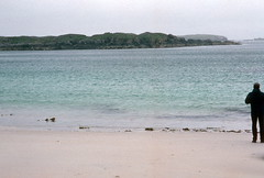 White-sand beach, North end of Great Bernera (1996) (Duncan+Gladys) Tags: uk scotland rossandcromarty isleofgreatbernera