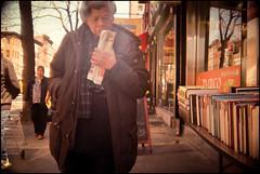 Bookstore, Hell's Kitchen 2013 (Roberto Novicini) Tags: nyc urban manhattan lofi streetphotography pedestrian bookstore crapcam hellskitchen plasticcamera trashcam olympiadl2000