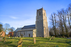 527 FRETTENHAM St Swithin (jammo s) Tags: old england tower church graveyard bells ancient norfolk medieval nave middleages chancel hdr buttress medievalchurch houseofgod jammo sigma1020mmex canoneos60d norfolksmedievalchurches arrogantcondescendingposh4x4drivingsnobs