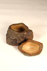 Kogo (熊窯 陶工房 www.kumagama.com) Tags: japanese teaceremony incense shigaraki chado chanoyu bizen urasenke kohdo japanesepottery biidoro ishihaze codykroll kurinuki kumagama