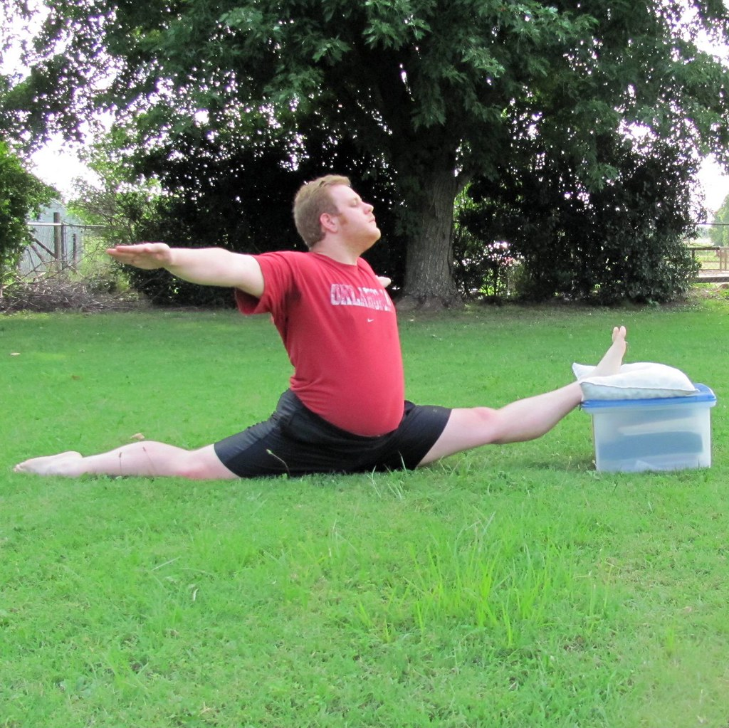 Male Static Stretching Chart: The World's Best Photos Of Flexible And Oversplit