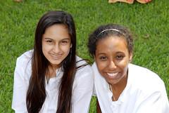 Big Sis/Lil Sis Picnic (ursulinedallas) Tags: sisters dallas picnic texas traditions bigsislilsis photographybydeborahkellogg ursulineacademyofdallas