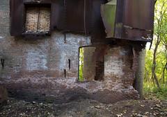 IMG_3628.jpg (BradPerkins) Tags: abandoned chickenfeedfactory concrete empty factory metal plant steel urbanexploration urbanlandscape urbex interior abandonedfactory decay discardedbutnotforgotten urbandecay