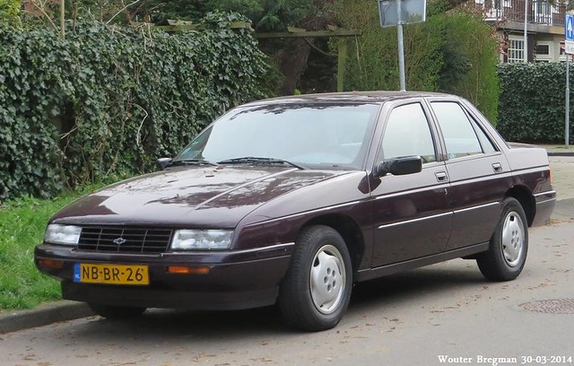 auto old usa classic chevrolet netherlands car vintage us automobile corsica nederland voiture american automatic 1995 paysbas ancienne overveen américaine chevroletcorsica nbbr26