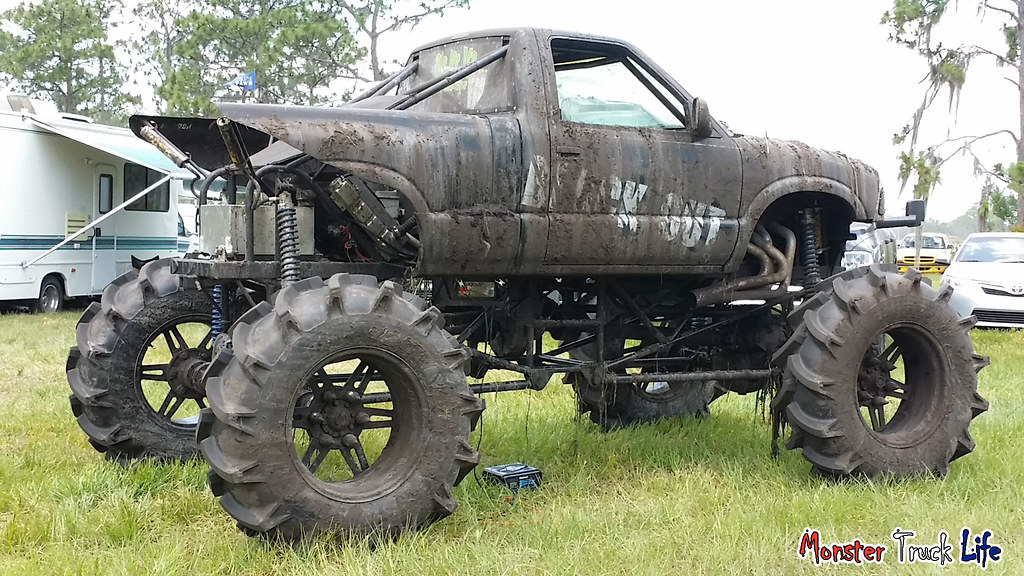 Triple Canopy Ranch May 9th 2015 (MonsterTruckLife) Tags life ranch up monster truck & The Worldu0027s Best Photos of jacked and up - Flickr Hive Mind