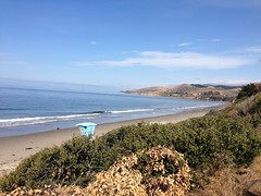 Parking lot overlook onto booms El Capitan State Beach 05-20-15