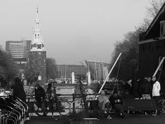 Oudeschans, Amsterdam (streamer020nl) Tags: montelbaanstoren sintanthoniesluis oudeschans anthoniesluis tourists nemo science museum amsterdam 2016 111116 holland nederland netherlands paysbas niederlande binnenstad centrum