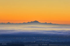 First lights of the day with the Mont Blanc peak (Gael F. Photography) Tags: mountains montblanc alps sunset sunrise peak morning orange