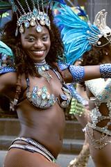 Won't try to argue (Jean Ka) Tags: france paris carnavaltropical 2016 dfil parade fte umzug celebration street rue strase costume folklore dguisement verkleidung disguise femme frau lcheln sourire smile bleu blau blue