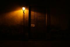 IMG_0826 (abrilulloa) Tags: streetphoto calle quertaro empedrado noche mxico mexico lmpara exterior arquitectura casa puerta door house centro cinco five 5