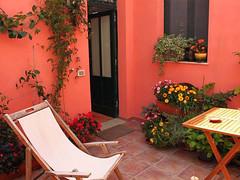 Trapani_Sicilia_occidentale_appartamento_Caricia_terrazzino_privato_sdraio_relax_sole_vacanza_affitto (SI!cilia la terra dei s) Tags: affitto vacanze turismo trapani sicilia appartamento sicily rent vacation holiday tourism apartment