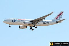 Airbus A330 Air Europa (Hawkers livery) (Ana & Juan) Tags: airplane airplanes aircraft airport aviation aviones airbus aviacin a330 aireuropa landing madrid mad madridbarajas barajas lemd spotting spotters spotter planes canon closeup