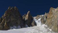Ice chaos ! Chaos de glace ! (Claude Jenkins) Tags: icefall séracs chaos hautesavoie chamonix montblanc altitude alpinisme nikon d750 bleusky ciel bleu