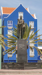 Statue of Luis Brion (-JvL-) Tags: willemstad curacao curaçao cw