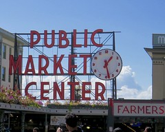 IMG_0680 (danimaniacs) Tags: seattle publicmarket neon sign
