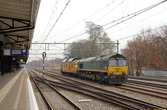 20161126 RRF PB06 + EUR BRT-91, Weert (Bert Hollander) Tags: weert wt rotterdamrailfeeding eurailscout loc pb06 motorpost exns 3032 jules mp meten herfst rrf eur trein