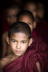 myanmar - birmania (mauriziopeddis) Tags: asia myanmar birmaunia people monastery monaci spiritual ritratto ritratti portrait portraits