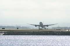 IMG_2615 (wmcgauran) Tags: kbos bos boston airport eastboston aviation airplane aircraft ja863j japanairlines jal boeing 787 787900