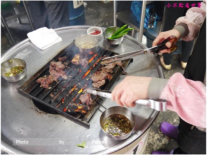 新村站站著吃烤牛小排 (12).JPG