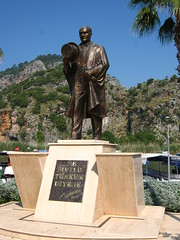 Ataturk statue in Dalyan (Radu Bucuta) Tags: holiday turkey easter paste dalyan concediu 2013 turcia
