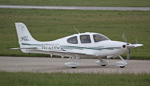 N721VC Cirrus SR22 on 17 May 2013