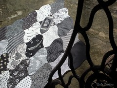 "Tessellation ""Singer"" (Carla Cordeiro) Tags: wip pb singer patchwork tessellation"