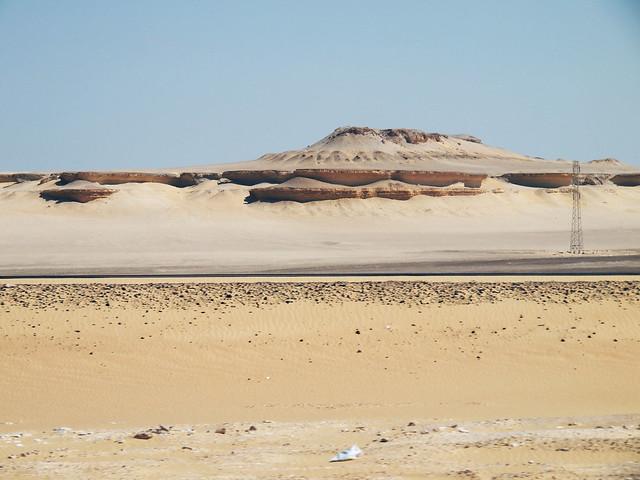 <p>砂の色はひと色ではない。    </p>
