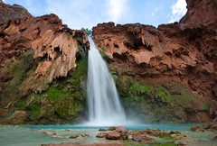Havasu Falls (danfeeser) Tags: blue arizona people green water az canyon falls havasu havasupai grandy
