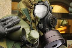 Mscara de proteccin NBQ M6-87 del Ejrcito de Tierra de Espaa (Contando Estrelas) Tags: nbc nuclear gasmask chemical qumica mscara biolgica nbq mscaraantigs
