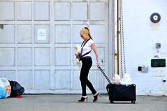 New York City (FaceMePLS) Tags: newyorkcity woman usa highheels trolley manhattan streetphotography vs meatpackingdistrict 10000 newyorknewyork vrouw walkingthedog westchelsea straatfotografie verenigdestatenvanamerika facemepls hogehakken rolkoffer honduitlaten nikond300
