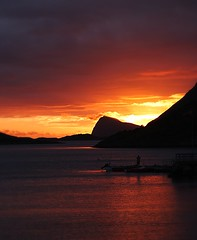 Burning the Midnight Oil... (CJConsidine) Tags: sun norway midnight lofoten