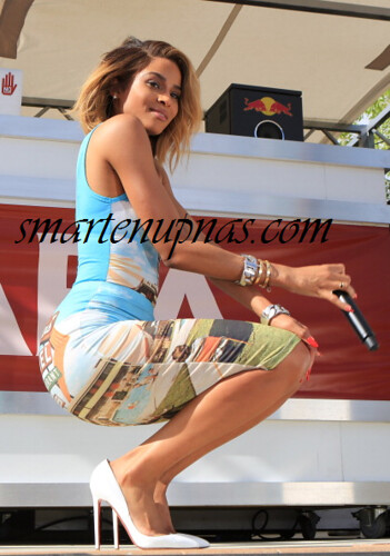CIARA PERFORMING A A POOL PARTY