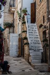 La farfalla. (stars`bread) Tags: summer scale stairs writing vacances holidays estate t puglia vacanze scritta polignano aforisma canoneos1000d