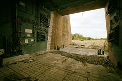 Ready to launch ! (Alpha Rios) Tags: uk star starwars military sony protest wars alpha common rios protesters ue urbex greenham