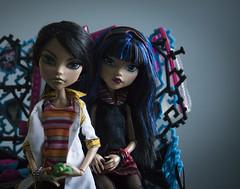 Different Eyes (dancingmorgana) Tags: cleo de nile monster high doll rerooted hybrid monsterhogh reroot body howleen playset tabv vanity