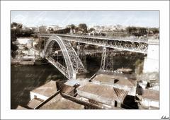Demasiado bonito...ste tampoco valdra (V- strom) Tags: portugal oporto recuerdo luz puente acero tejados nikon nikon2470 texturas viaje paisaje