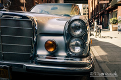 Mercedes Benz (Karlgoro1) Tags: sony alpha a6300 mirrorless digital camera ilce6300 variotessar t e 1670mm f4 za oss lens sel1670z variotessart41670 brooklyn new york city outdoor car vehicle mercedes benz classic old