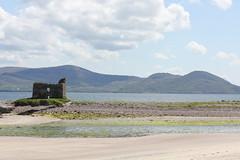 IMG_2622 (avsfan1321) Tags: ireland countykerry ringofkerry skelligring ballinskelligs ballinskelligsbeach beach landscape castle ruins ballinskelligscastle