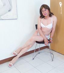 Bra and thong coordinated white high heels white sandals. (Elsa Adriana) Tags: elsaadriana sexylegs sandals horsiery tgirl travesti transvestite crossdresser